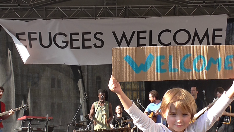 File:Refugees welcome.png