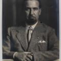 Ritratto fotografico di Angiolo Mazzoni di Ghitta Klein Carell (Archivi-900-MART-Rovereto).png
