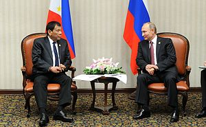 Rodrigo Duterte with Vladimir Putin, 2016-02