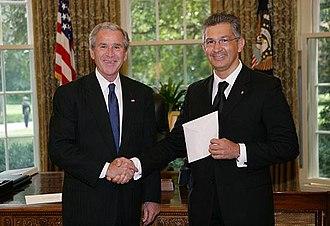 Paolo Rondelli - Paolo Rondelli (right) presenting his credentials to George W. Bush