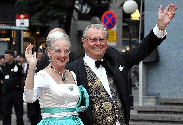 Датский принц Хенрик скончался вчера ночью в возрасте 83 лет
