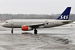 SAS, OY-KBR, Airbus A319-131 (40598965602).jpg