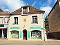 Saint-Amand-en-Puisaye-FR-58-agence Transaxia-01.jpg