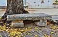 Saint-Pierre-d'Exideuil 86 Banc de pierre&feuilles tilleul Sully-2014.jpg