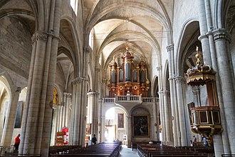 Église Sainte-Marthe de Tarascon - Church interior
