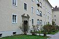 Salzburg Rosengasse 6 8 10 Portal und Fenster.JPG