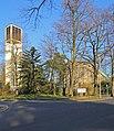 Schlebusch Albertus-Magnus-Kirche.jpg