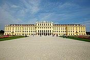 Schloss Schoenbrunn 5215591323 57c6a8bc2b.jpg