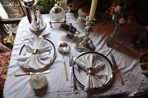 Napkin rings at Sherlock Holmes House