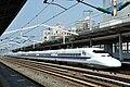 Shinkansen 700 (8086234138).jpg