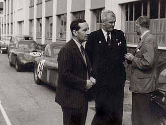 Bristol Cars - Sir George Stanley White with the Bristol 450 Le Mans cars