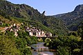 Small villages in the Tarn canyon. Here Les Vignes - panoramio.jpg