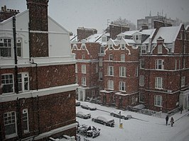 Snowing at Evelyn Gardens, South Kensington (2010).jpg