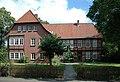 StLukasKircheScheesselPfarrhaus.jpg