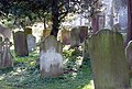 St Nicholas Church Graveyard 5294672714.jpg