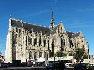 Basilica of Saint-Quentin - The basilica from the south in 2011
