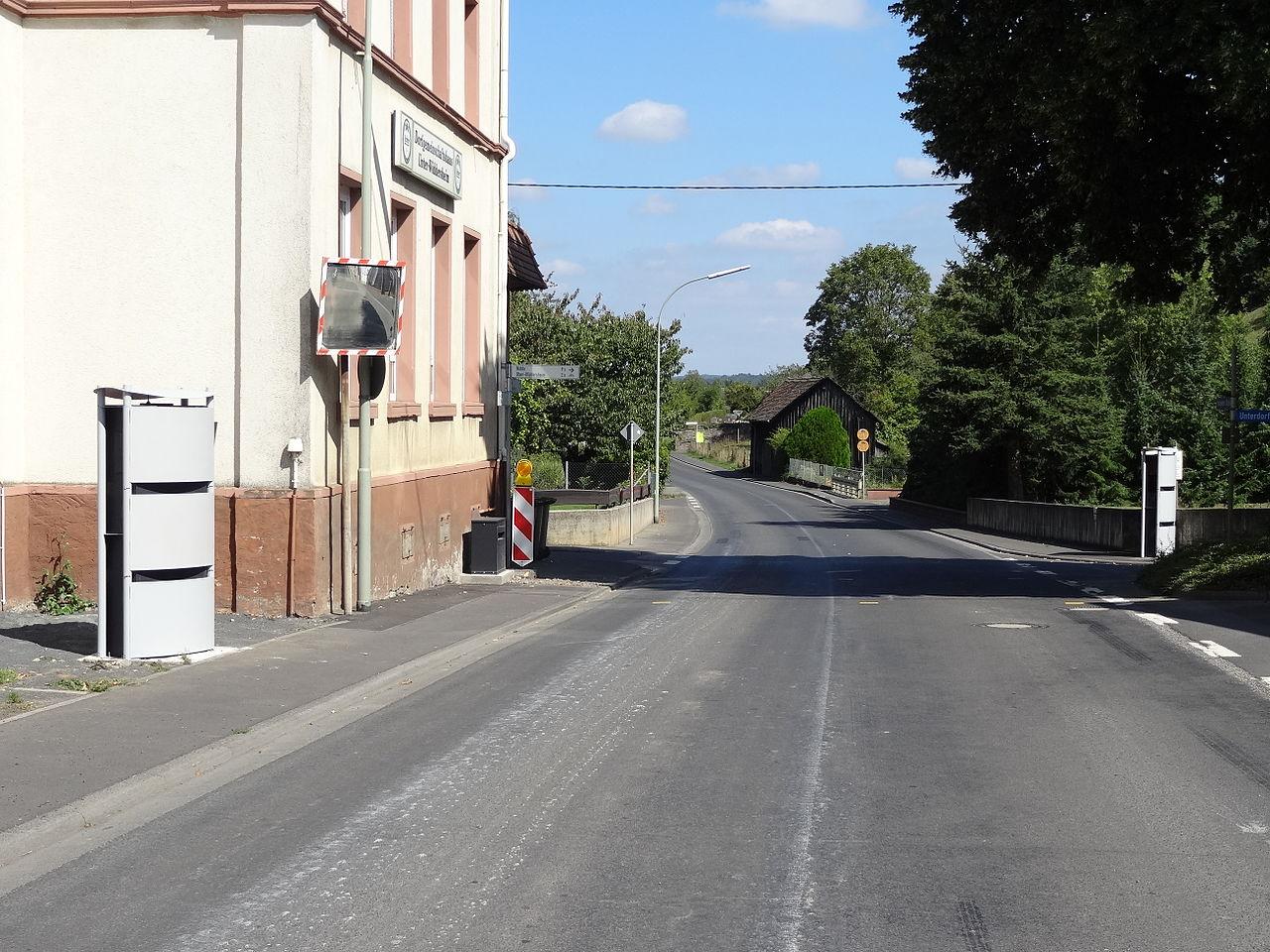 Stationäre Geschwindigkeitsmesser Unter-Widdersheim 01.JPG