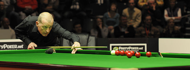 Steve Davis at German Masters Snooker Final (DerHexer) 2012-02-05 13