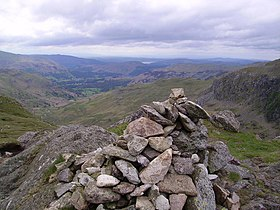Summit Cairn, Calf Crag - geograph.org.uk - 448126.jpg