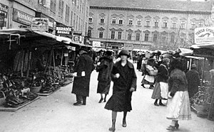 Szeged - Shoppers in Szeged, 1929