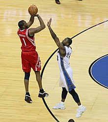887068d80 McGrady shoots over DeShawn Stevenson in 2008