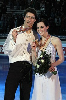 Tessa Virtue and Scott Moir at 2010 World Championships (2).jpg