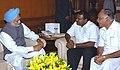 The Chief Minister of Karnataka, Shri H.D. Kumaraswamy called on the Prime Minister Dr. Manmohan Singh in New Delhi on February 14, 2006.jpg