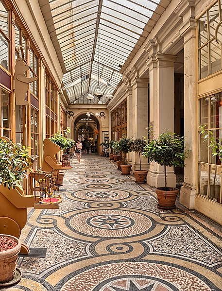 File:The Galerie Vivienne, Paris July 2013.jpg