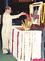 The Lok Sabha Speaker Shri Manohar Joshi paying floral tributes to Shri C. Rajagopalachari on his birth anniversary in New Delhi on December 10, 2003.jpg
