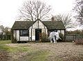 The elephant cottage, Shadingfield (geograph 2804901).jpg