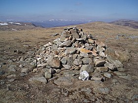 The summit Cairn of Tom Buidhe - geograph.org.uk - 398666.jpg