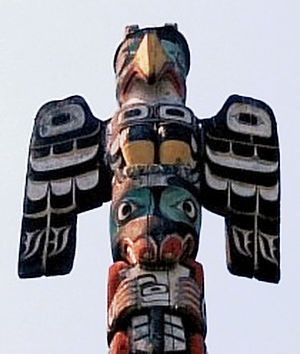 Thunderbird (mythology) - A Northwest Coast styled Kwakwaka'wakw totem pole depicting a thunderbird.