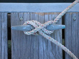 Cleat (nautical) - Image: Tied cleat