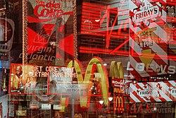 A caracter�stica mais not�vel da globaliza��o � a presen�a de marcas mundiais