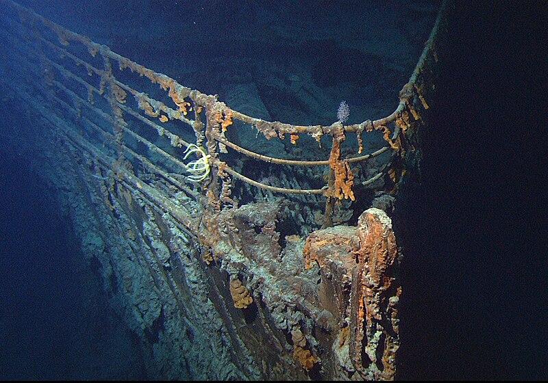 File:Titanic wreck bow.jpg