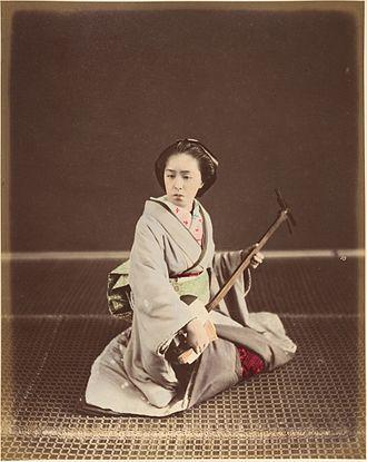 Shamisen - Tokyo geisha with shamisen, c. 1870s