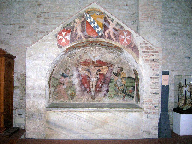 File:Tomba degli Altavilla.jpg