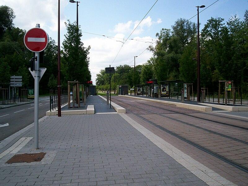 Station Ostwald Hôtel de Ville