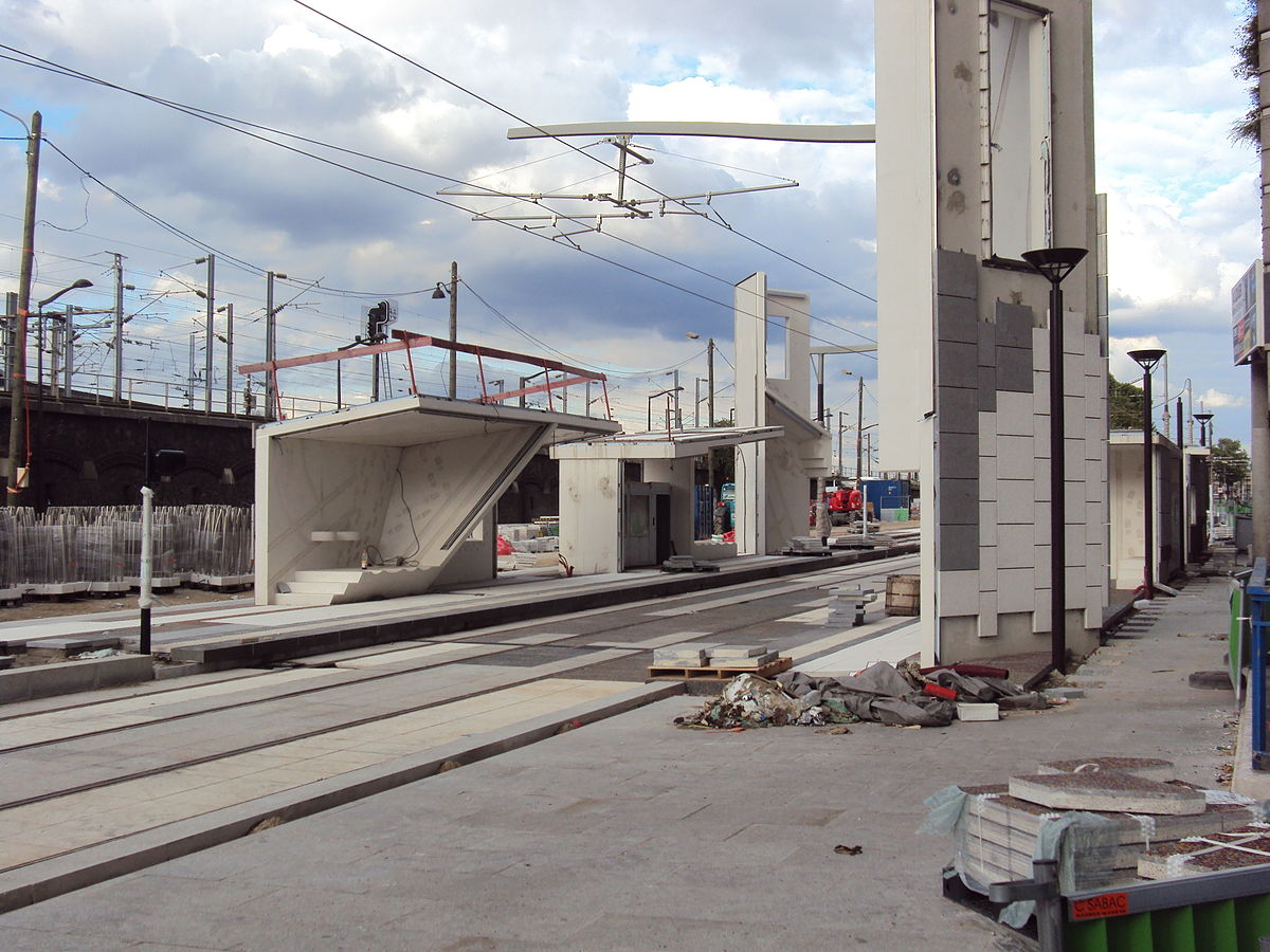 Ligne 3b du tramway d 39 le de france wikip dia - Station service porte de pantin ...