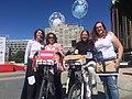 TrendCycle, la pasarela de moda en bicicleta inunda las calles de Madrid (06).jpg