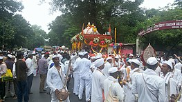 Palakhi carrying Sant Tukaram's paduka seen at Fergusson College road, enroute the annual pilgrimage (Vari) to Pandharpur (2015).