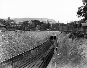 Mount Royal Tunnel - Entry of the Mount Royal tunnel, 1918