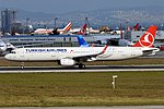 Turkish Airlines, TC-JSM, Airbus A321-231 (31817349412) (2).jpg