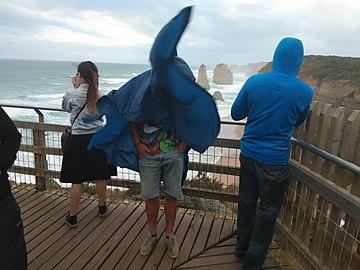 Twelve Apostels, Victoria, Australia, on a windy day (8 May 2019).jpg
