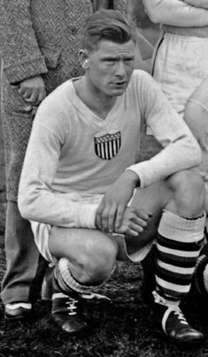Jim Brown (soccer, born 1908) - Image: USA team line up 13 July