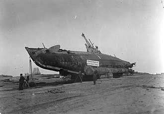 Samoa, California -  USS H-3 Beached at Samoa 6 April 1917