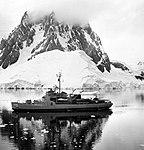 USS Staten Island (AGB-5) off the Palmer Peninsula 1963.JPG
