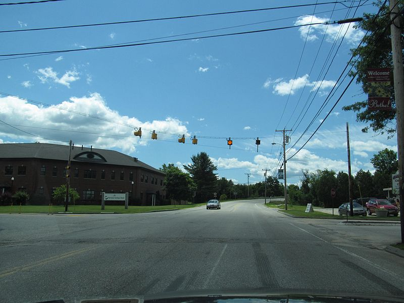 File:US Route 2 - Maine 4.jpg