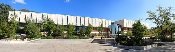 US Utah Ogden WSU Stewart Library Panorama.jpg