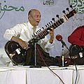 Ustad Rais Khan.jpg